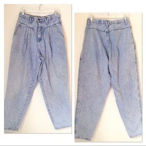 VINTAGE 1990S HIGH WAISTED MOM JEANS